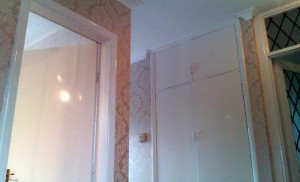 Gloss Painting and Wallpapering